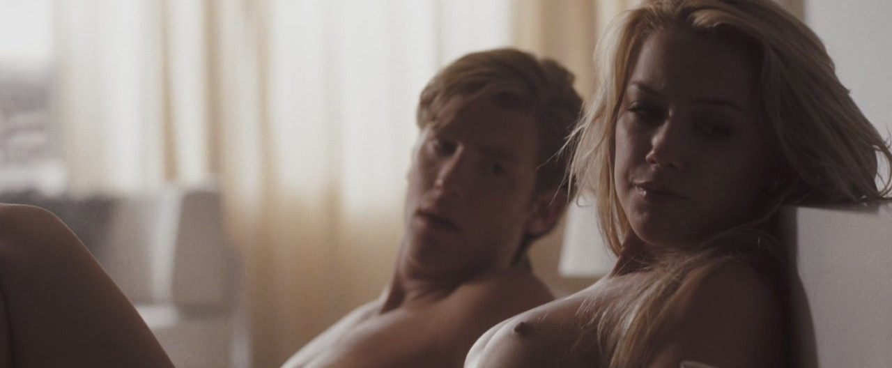 riley keough porn