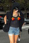 rihanna-nipple-ring-34196PCN_Rihanna03